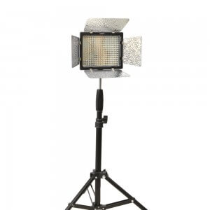 Yongnuo 600 LEDビデオライト